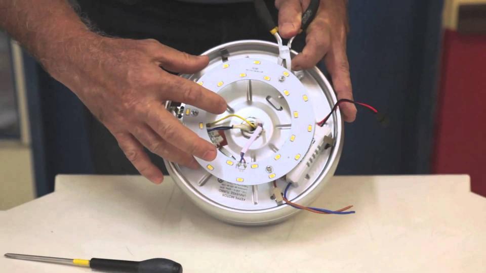 Troca de LED por LAMPADA – Universe